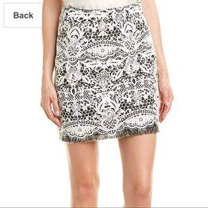 ⭐️Maje Mini Lace Skirt size 3⭐️